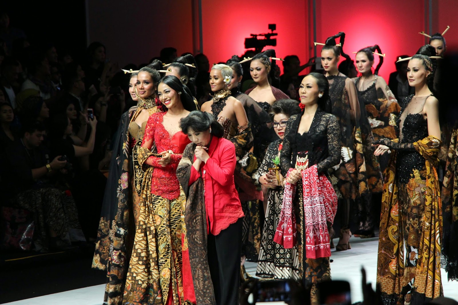 International fashion design competition 17