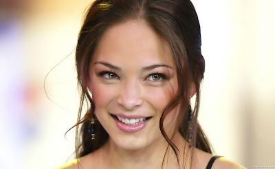Kristin Kreuk Hollywood Actress HD Wallpaper