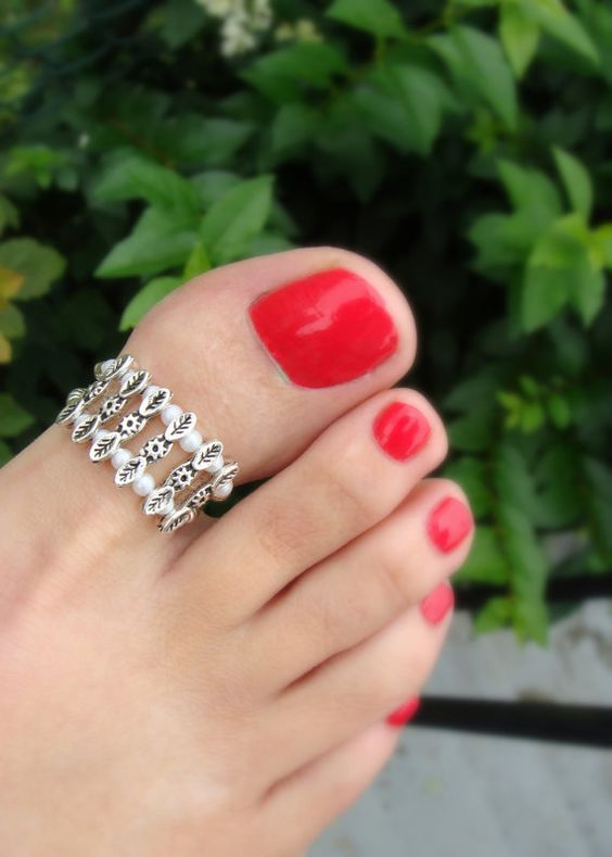 Amazing Toe Rings Ideas For This Summer