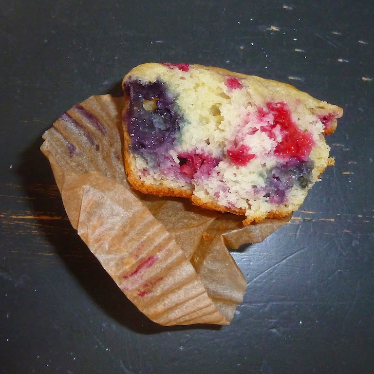 Eating It Up: Mixed Berry Muffins {YUM}