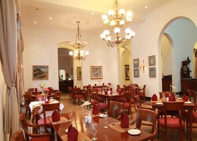 restaurant hotel kresna