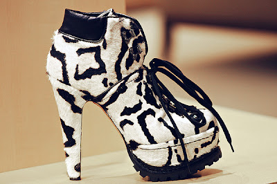 alaia azzedine boots