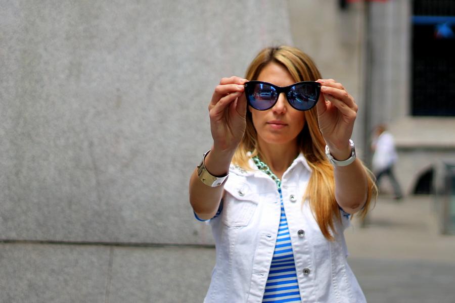 gafas de sol cristal reflectante azul guess