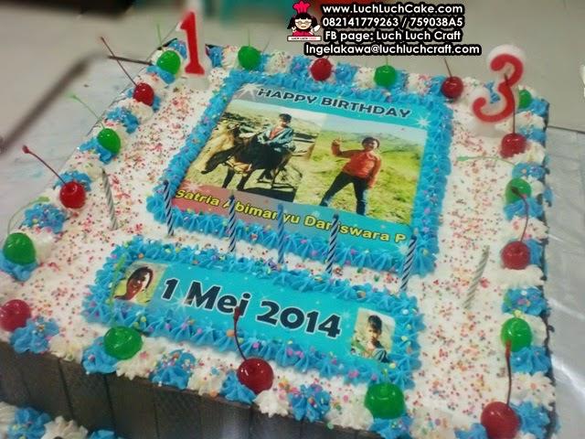 kue tart dengan foto