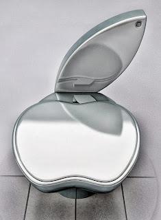 تكنولوجيا أبل تنتقل الى الحمامات  - apple