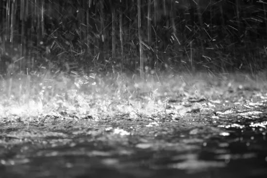 Lluvia que cae en informateaca.com