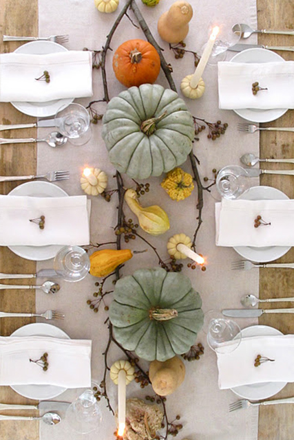 Lovely clusters the pretty blog thanksgiving inspiration - Interesting tables capes for christmas providing cozy gathering space ...