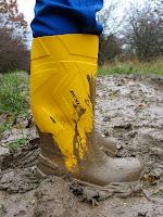 Dunlop Boots Yellow1