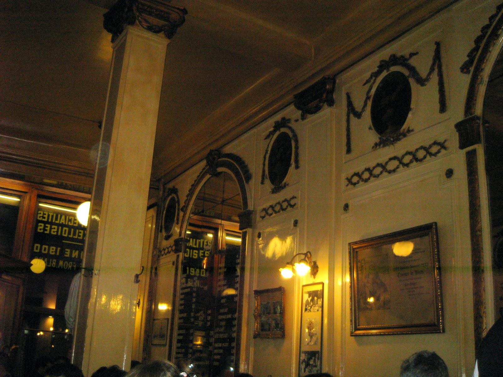 "Interior de la cervecería ""À La Mort Subite"""