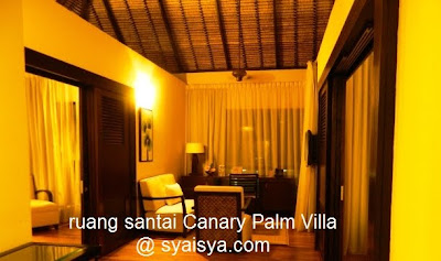 gambar%2Bruang%2Btamu%2Bcanary%2Bpalm%2Btree%2Bvilla MENGINAP DI SEPANG GOLD COAST | GOLDEN PALM TREE ICONIC RESORT AND SPA
