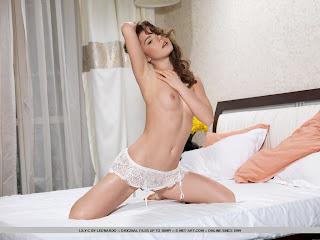 Lily C - Avelias - 06