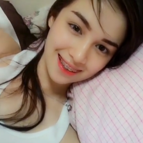 twerk it like miley by Kim Domingo
