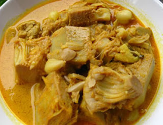 Young Jackfruit Curry (Gulai Nangka Muda)