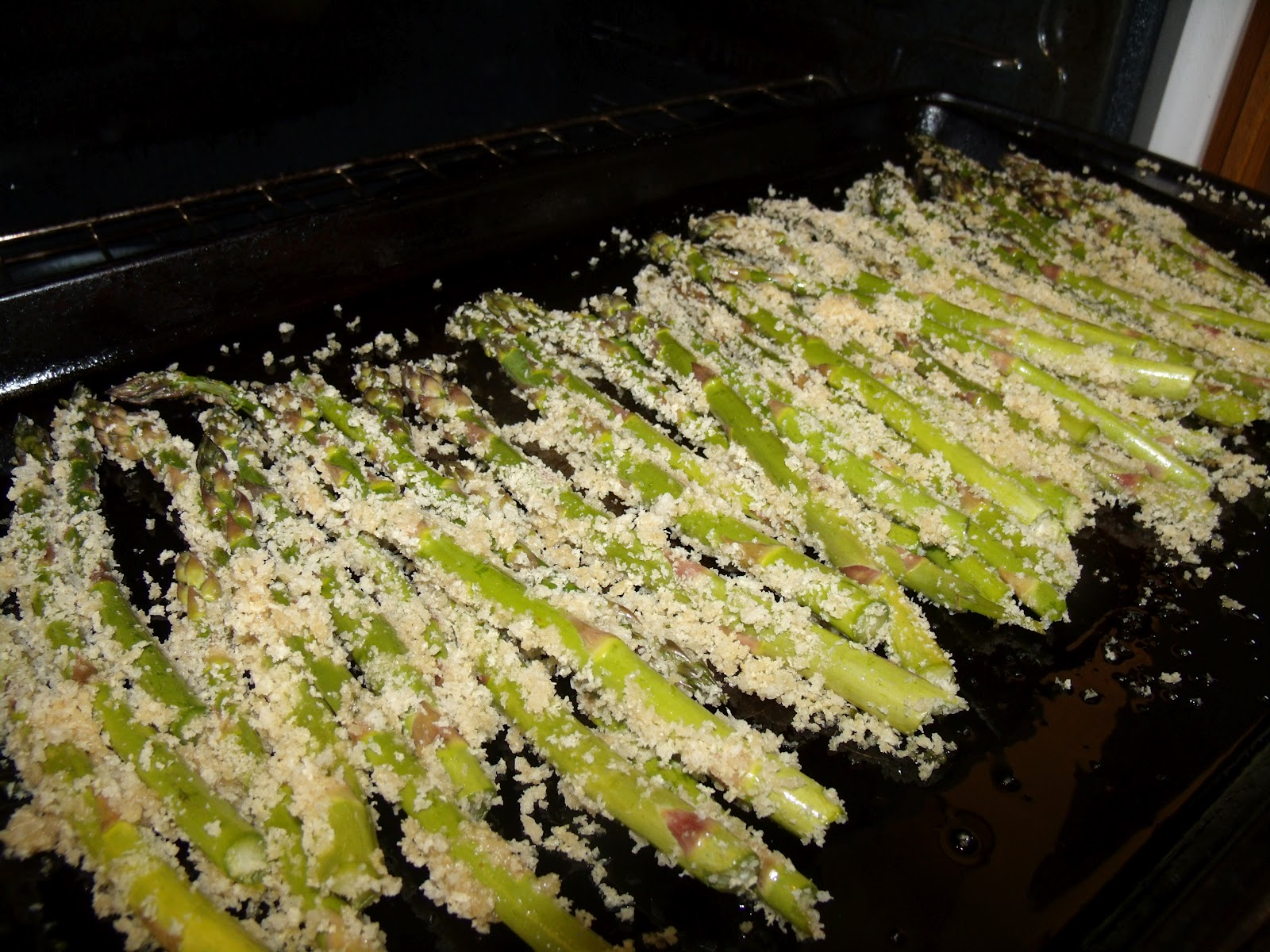 Candy Likes To Cook: Honey Mustard Corned Beef & Breaded Asparagus