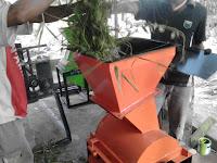 Mesin Perajang Rumput Dan Jerami