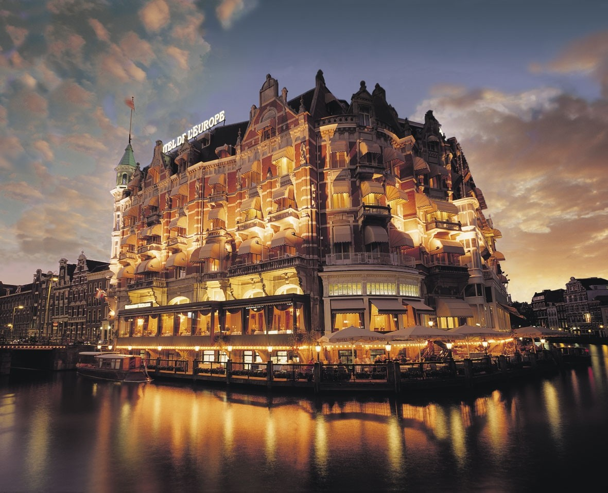 Amsterdam the netherlands tourist destinations for Amazing luxury hotels