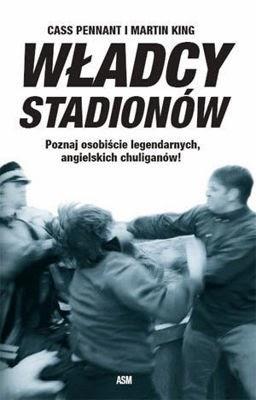 """Okładka książki """"Władcy stadionów"""""""