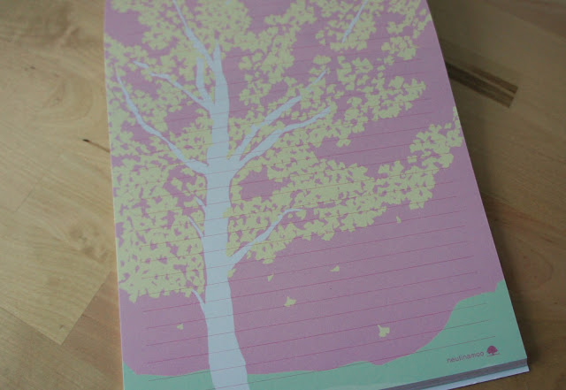 Letter paper with illustration of a tree