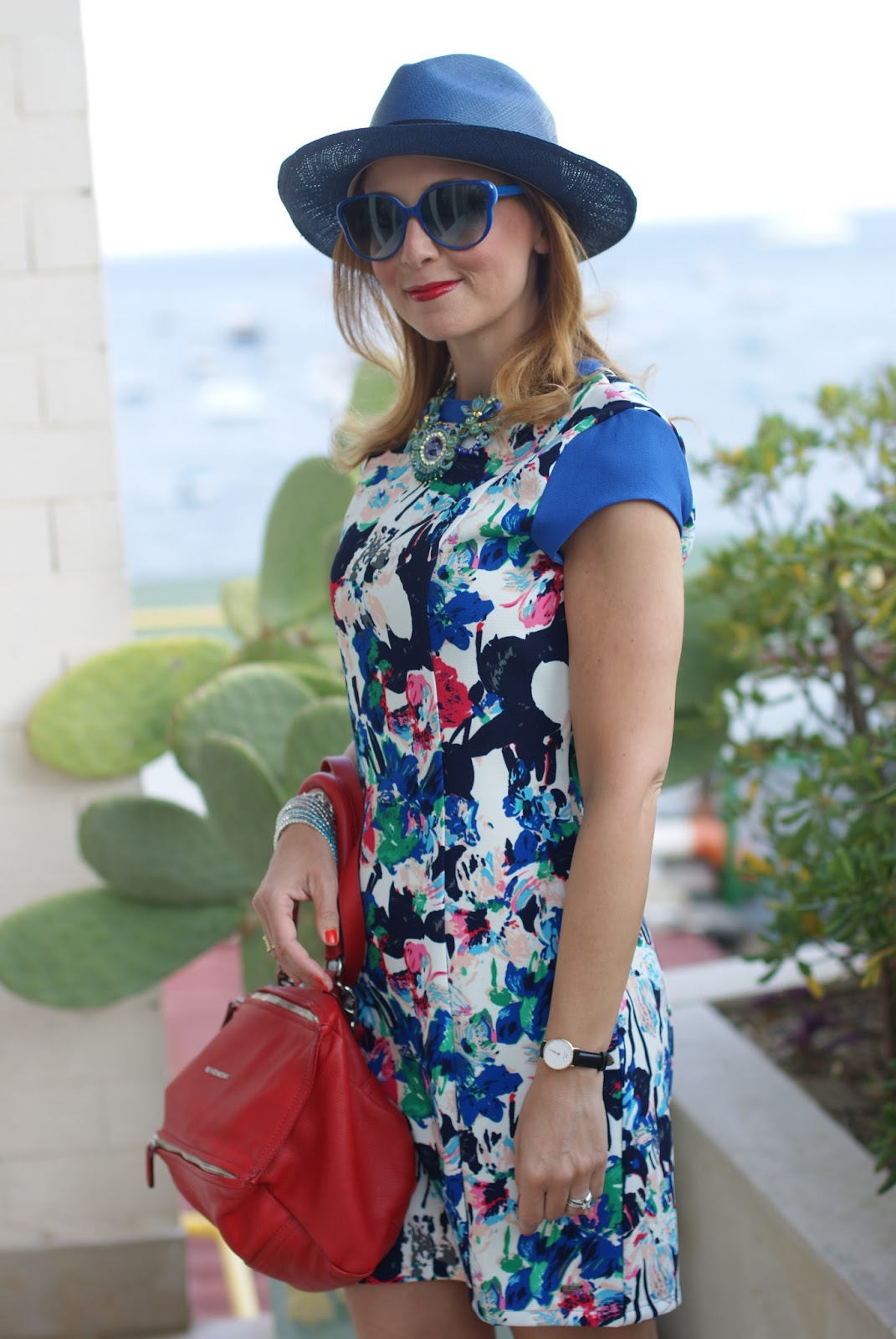 Mismash Ela dress and Ecua-Andino hat on Fashion and Cookies fashion blog