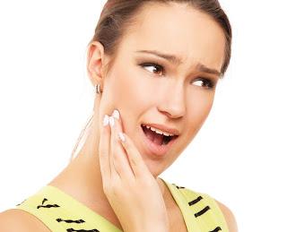 Alami Mengobati Sakit Gigi