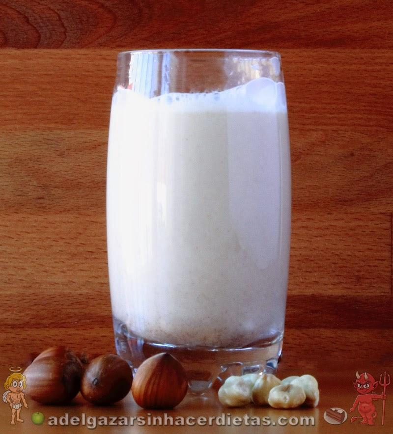 CON VIDEO.  Receta saludable de Leche de avellanas  baja en calorías y colesterol, apta para diabéticos, veganos, celíacos e intolerantes a la lactosa. COCINA FÁCIL Y SANA.