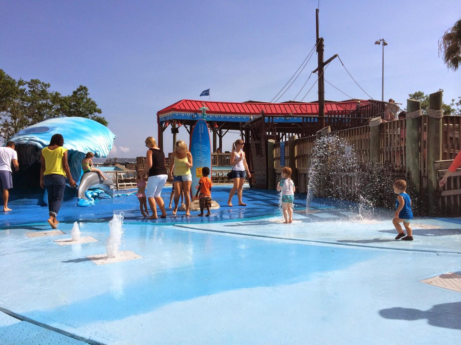 #ivysvariety The Florida Aquarium splash pad
