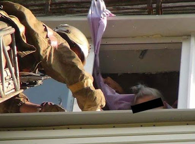 Aksi Penyelamatan Nenek 74 Tahun Jatuh Dari Gedung Lantai 8