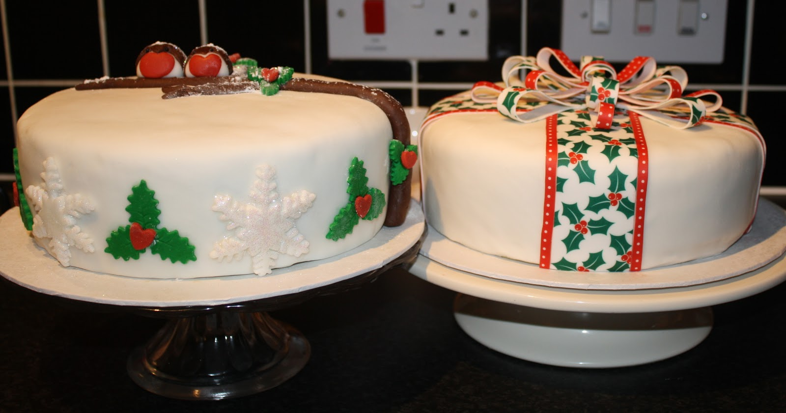 Cake Decorating Ideas For Christmas Cakes : a million dresses UK Fashion and Lifestyle Blog: Sunday ...