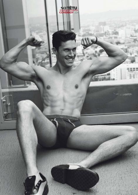 Zeb Ringle shirtless model