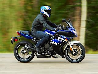 Gambar Motor 2013 Yamaha FZ6R picture 5