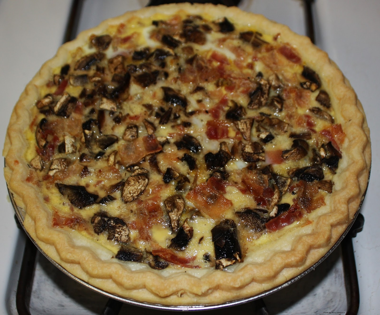 Mushroom,+Bacon+and+Swiss+Cheese+Quiche.JPG
