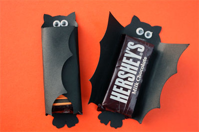 Joanna leandro halloween tanto pode ser convite for Bat candy bar wrapper template
