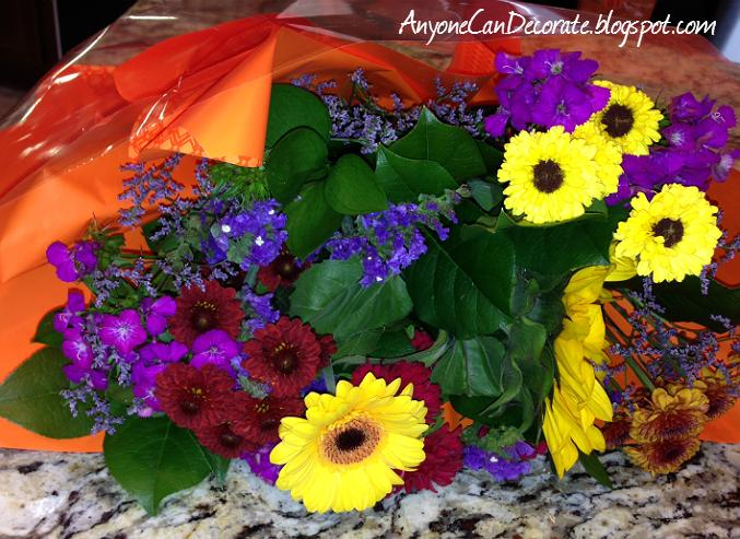 anyone can decorate hot tip make fresh cut flowers last longer. Black Bedroom Furniture Sets. Home Design Ideas