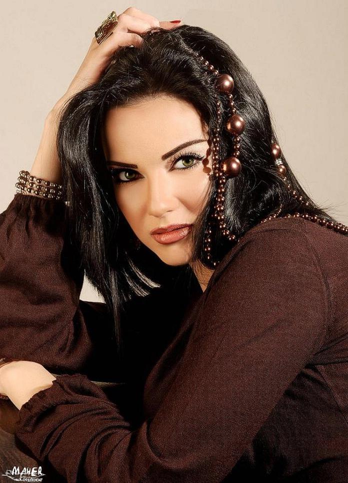 Most Sexiest Arabian Gals