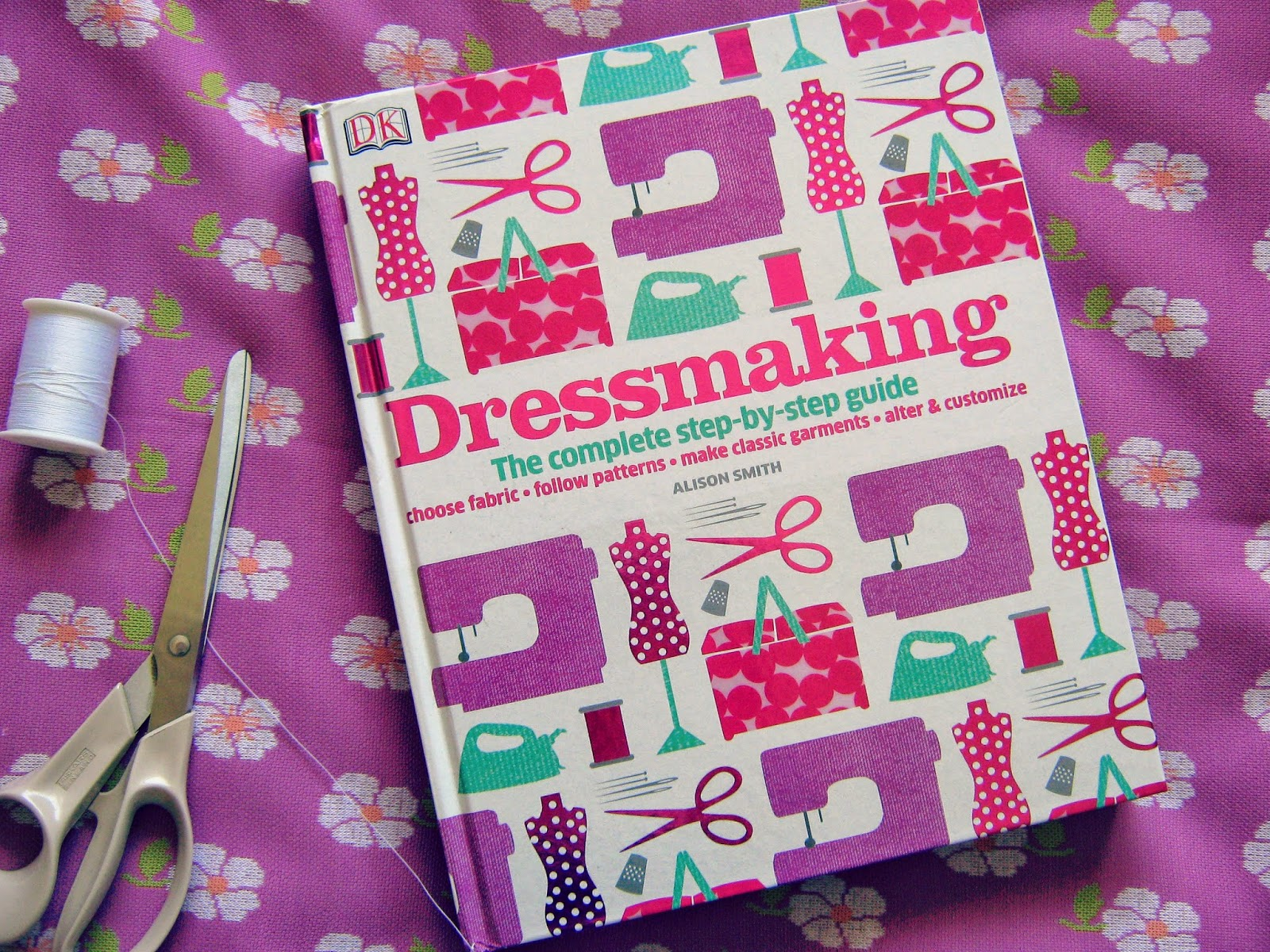Review Dressmaking by Alison Smith