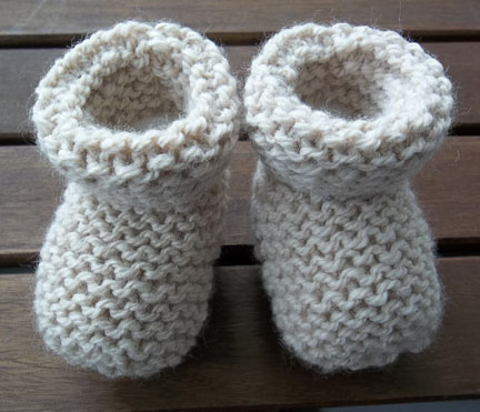 Baby Socks, Booties, Hand knitting Pattern and Knitting Workshop