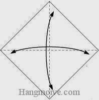 Bước 1: Gấp tờ giấy lại làm bốn để tạo các nếp gấp, sau đó lại mở ra.