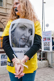 http://amnesty-luxembourg-photos.blogspot.com/2010/05/journee-de-mobilisation-pour-liran.html