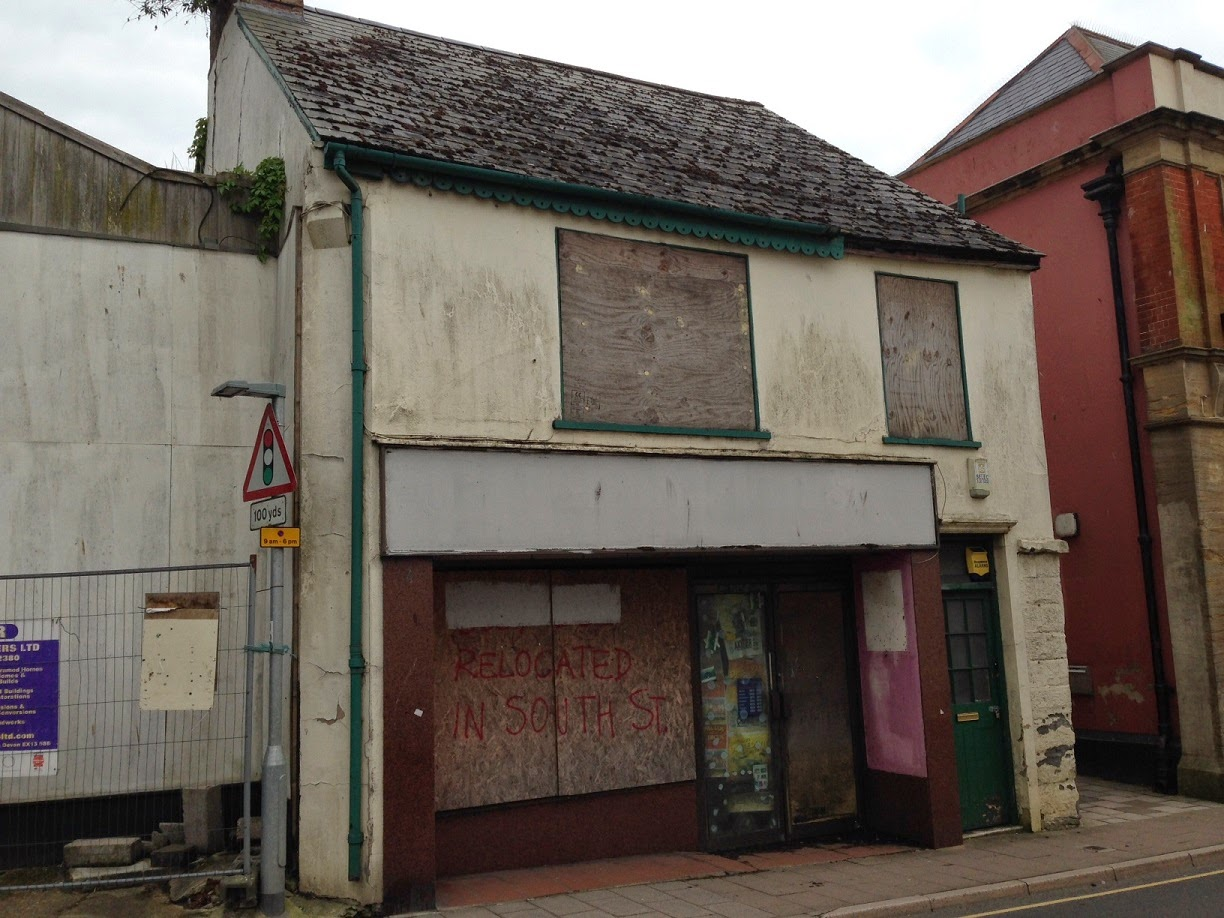 Abandoned building, Axminster, Devon