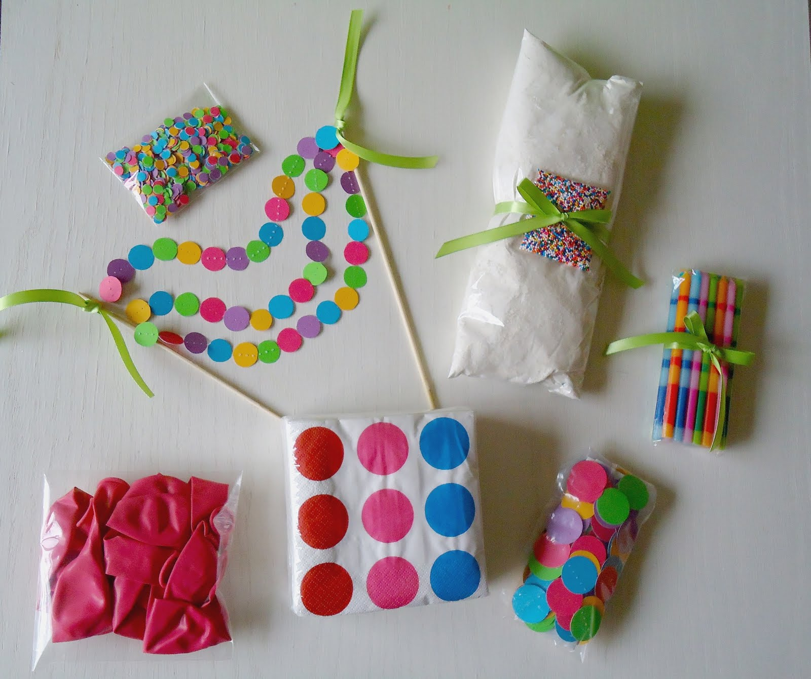Tales Of Three Bakers: Easy Confetti Banners + Birthday Kit
