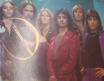 """""""Alexis"""" foi uma banda americana formada em 1974 na cidade de Denver, Colorado. Passou seus dois primeiros anos tocando em festivais de bandas no sudoeste e em 1976 assinou um contrato com a MCA Records. No ano seguinte, seu auto-intitulado álbum de estréia foi lançado e a banda estava na estrada com grandes artistas como """"Foreigner"""", """"Styx"""", """"UFO"""" e """"Atlanta Rhythm Section"""". Apesar das constantes turnês, """"Alexis"""" não foi capaz de gerar interesse suficiente para se sustentar na industria musical e a MCA prontamente largou a banda. Não se sabe quanto tempo a banda continuou antes de se separarem, mas o vocalista e tecladista """"Eddie Ulibarri"""" ressurgiu como músico de sessão e atualmente se apresenta com a """"No Nation"""". """"Alexis"""" foi um clássico exemplo de uma banda na qual o talento não foi suficiente para superar o que eles realmente tinham criado. Simplificando, o álbum é marcado pela inconsistência de suas composições. Com mudanças erráticas de estilo para estilo, """"Alexis"""" nunca conseguiu cativar o ouvinte. Há traços de grandeza, especialmente o material mais ousado, mas a maior parte do álbum está atolada em banalidades. Alternando entre prog, hard rock e easy listening, não há tópicos audíveis considerando toda a obra. Soando como """"Pablo Cruise"""", """"Head East"""" ou """"Chicago"""", simplesmente não há como categorizar como um todo. Logo na primeira faixa, podemos achar que se trata de uma banda de classic rock setentista nos moldes por exemplo do """"Budgie"""", mas não, pois cada faixa tem um estilo diferente, até mesmo uma pegada mais pop e tudo isso com incursões de flauta e sax que dão um tempero ainda mais especial para as canções. Tudo isso poderia soar confuso como uma colcha de retalhos, mas curiosamente deixa o álbum ainda mais interessante, sobretudo pela bela voz de """"Eddie Ulibarri"""" com um timbre bem na linha de """"Geddy Lee"""", recomendo."""