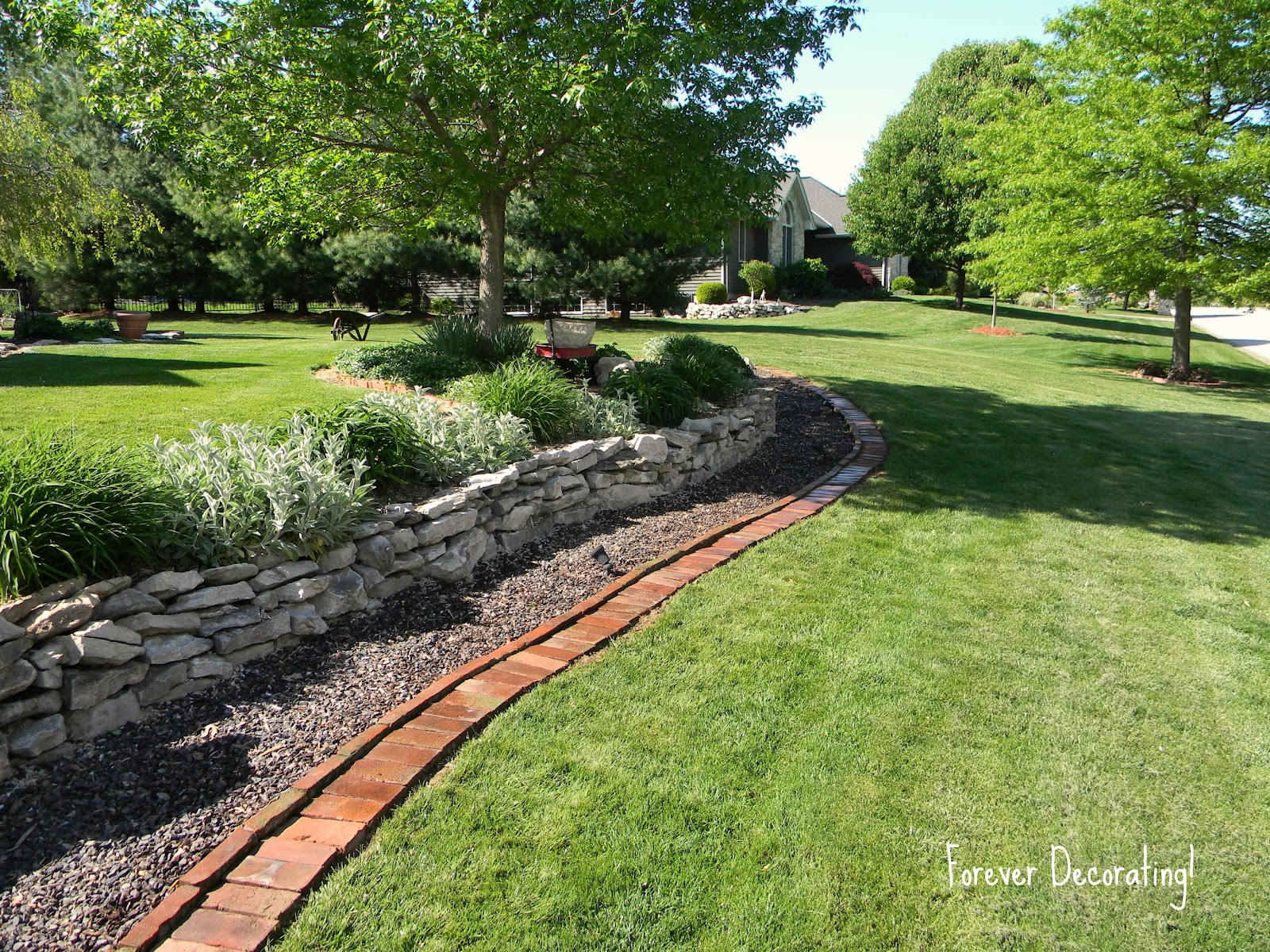 15 modern wood landscape borders photos landscape ideas for Brick flower garden designs