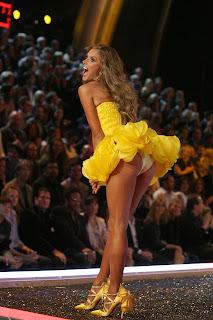 Alessandra Ambrosio Dressing Style