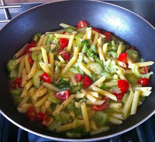pasta_cruda_zucchine