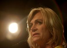 Evelyn Matthei lanza dura crítica a Bachelet y anuncia su retorno a la política