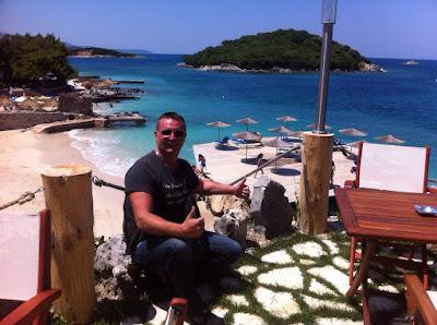 Il Cristoforo Colombo del 21 secolo scopre l'Albania ,lo spot da 100 milioni di €