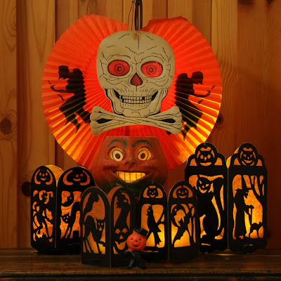 Vintage Halloween lanterns by Beistle 1920s-10=940s