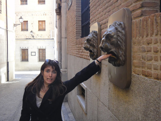 boîte lettres lion