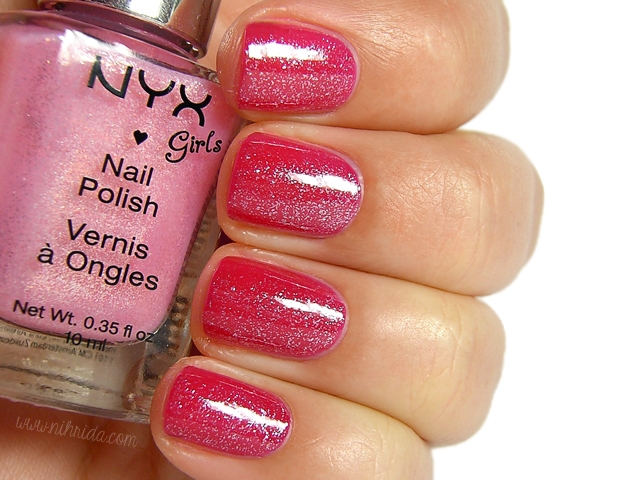 NYX Girls - Vintage Red & Cheeky Chic