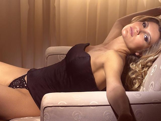 Joyce Oliveira Rabuda Gostosa Pelada Nude And Porn Pictures